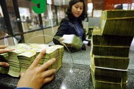 Tổ chức nước ngoài được sở hữu tối đa 15% vốn điều lệ của tổ chức tín dụng Việt Nam
