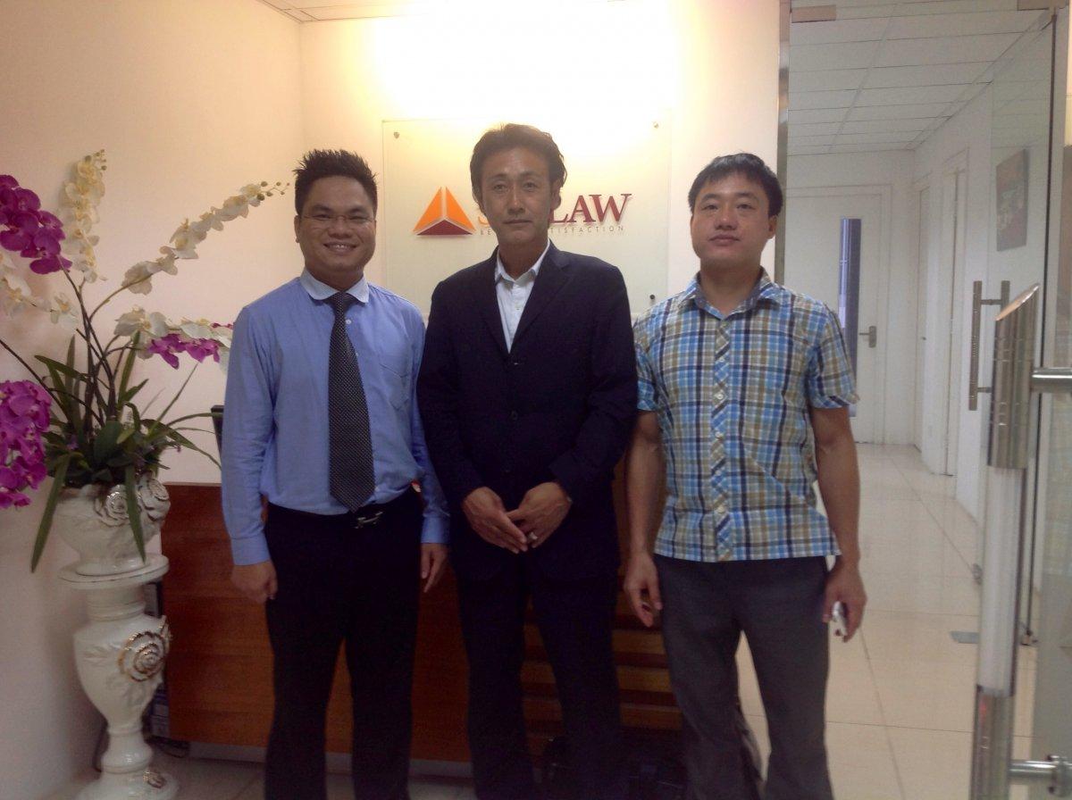 Luật sư Nguyễn Thanh Hà cùng đối tác Nhật Bản