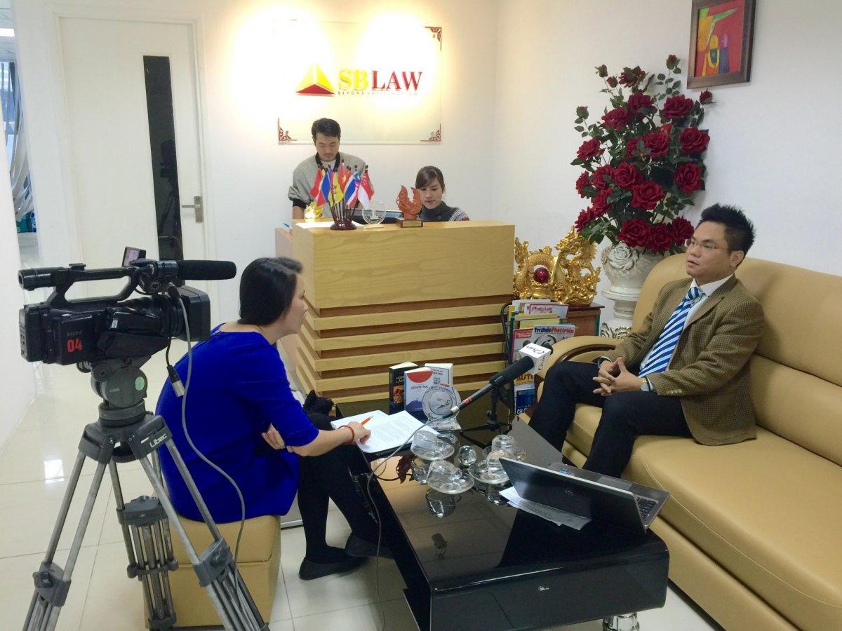 Luật sư Nguyễn Thanh Hà trả lời phỏng vấn truyền hình về Luật phá sản 2014