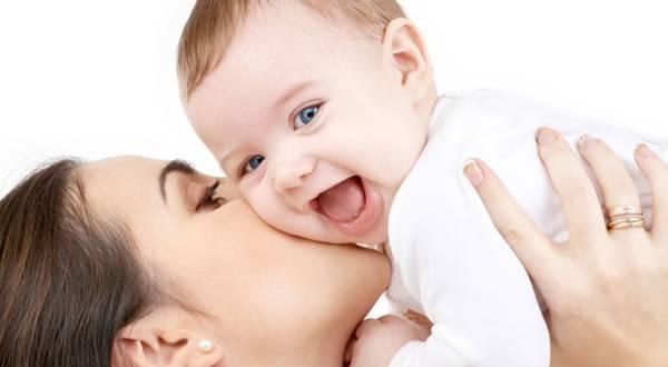 phụ nữ nuôi con nhỏ có phải làm ca đêm hay không