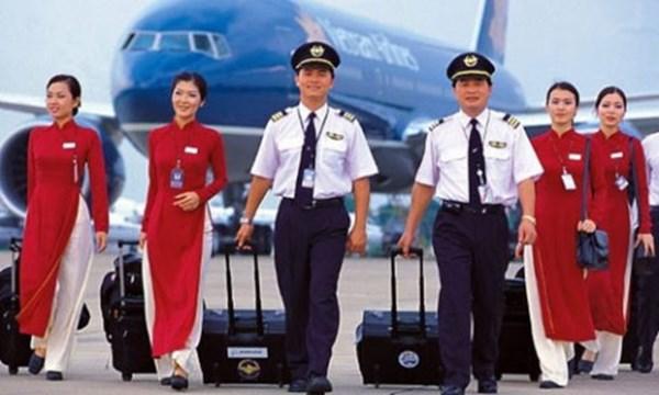 Phi công đơn phương chấm dứt hợp đồng phải báo trước 120 ngày