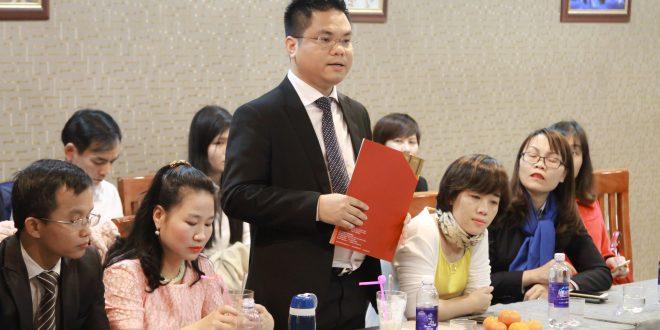 Luật sư Nguyễn Thành Hà trả lời báo chí