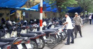 Bảo vệ của quán café làm mất xe của khách hàng có phải bồi thường không-sblaw