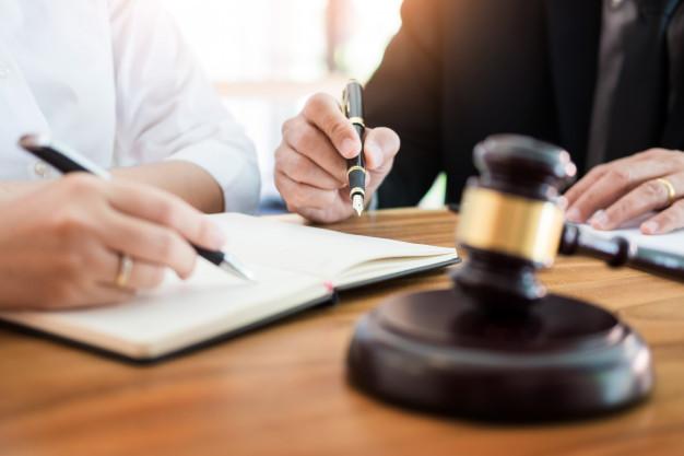 Luật sư tại toà án - Lợi ích